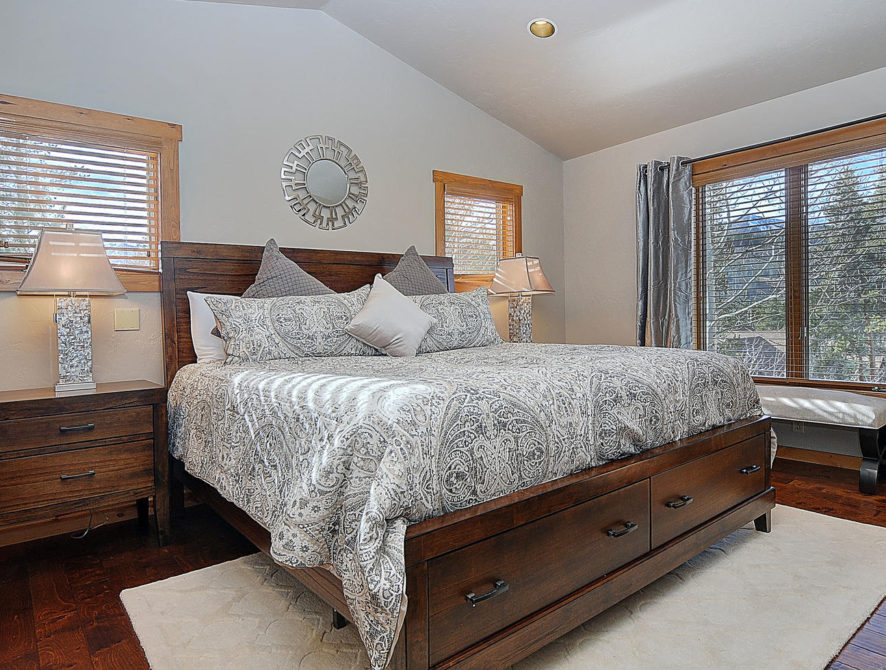 120 Marks Lane Breckenridge CO-large-027-27-master bed1-1500×980-72dpi