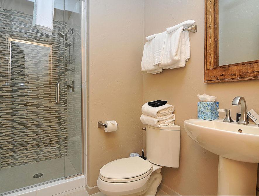 120 Marks Lane Breckenridge CO-large-033-9-bathroom1-1500×996-72dpi