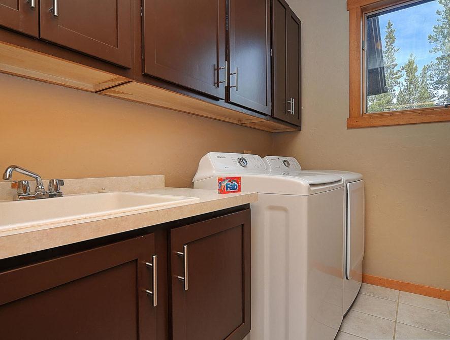 120 Marks Lane Breckenridge CO-large-040-14-laundry room-1500×996-72dpi