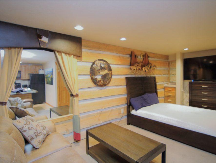 4325 Family Room