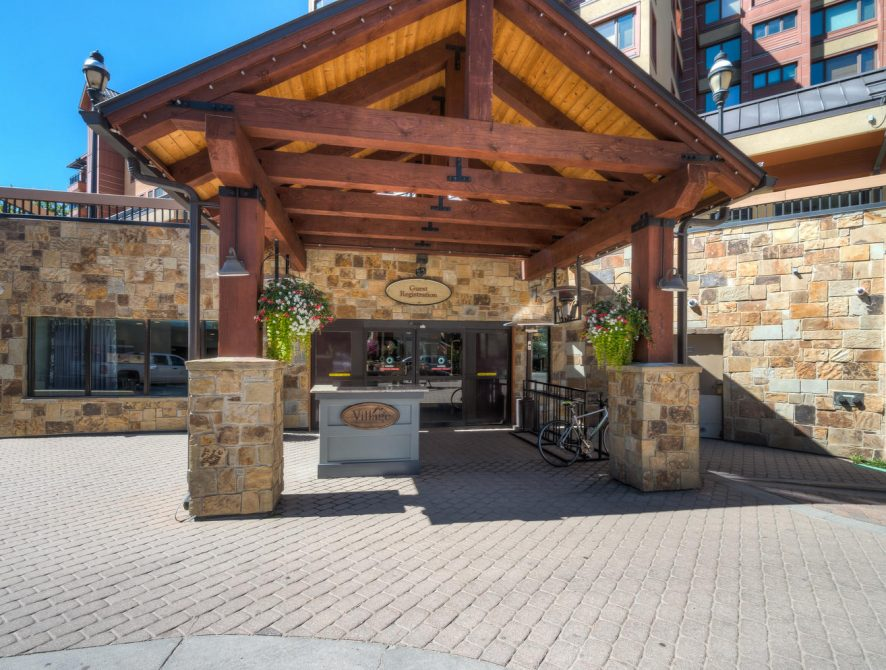 The Village at Breckenridge 4325 – Entrance to Peak 9 Inn Building