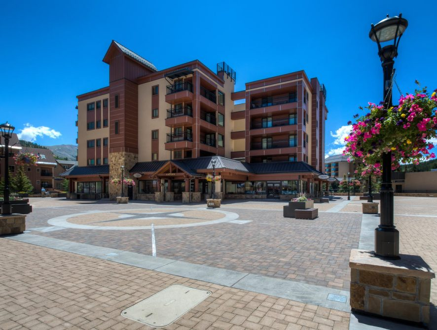 Village at Breckenridge 4325 – Plaza