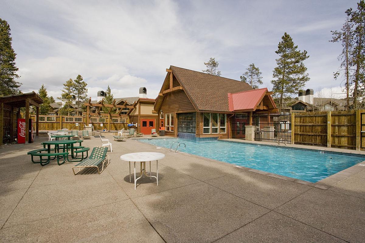 Breckenridge Upper Village Pool