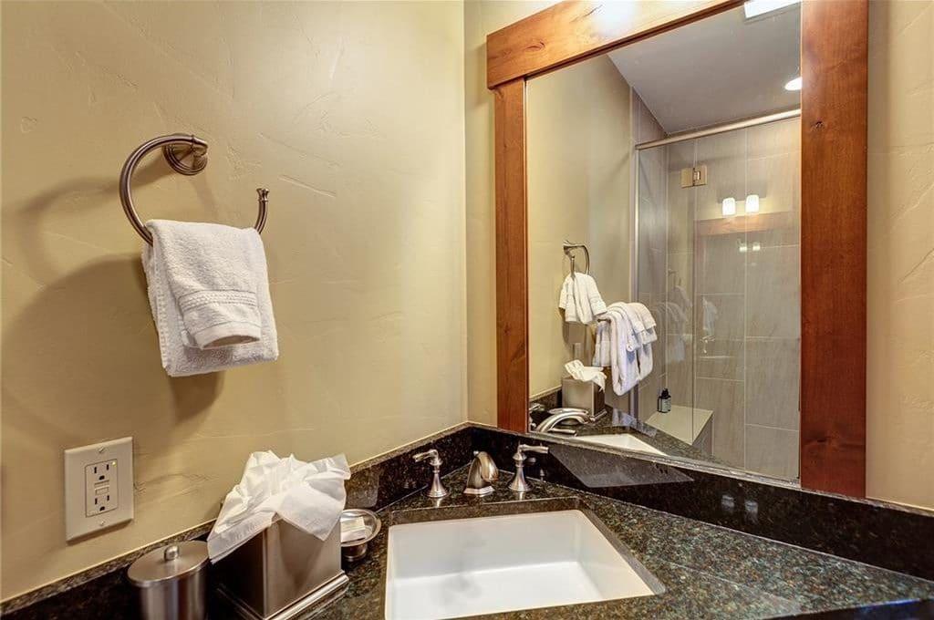 1521 Ski Hill Road #8424 Bathroom 3