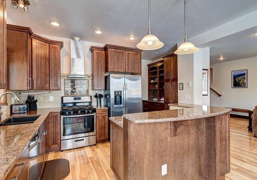 411 Shekel Kitchen 2