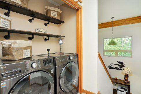 17 Skyline Laundry